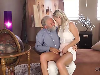 OLD4K. Fetching lassie Shanie Ryan gets old dick in mouth and pussy